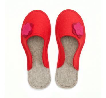 Women's Wool Felt Slippers - RED Flower