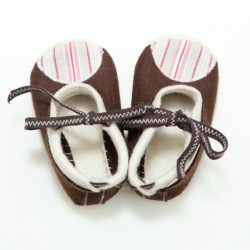 Baby Wool Felt Slippers - BROWN WHITE (17) - LAST ONE