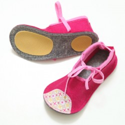 Kids Wool Felt Slippers - PINK (24) - LAST ONE
