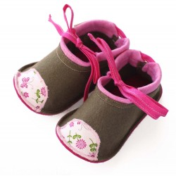 Kids Wool Felt Slippers - LIGHT BROWN with flowers