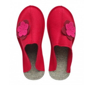 Women's Wool Felt Slippers - Wide RED